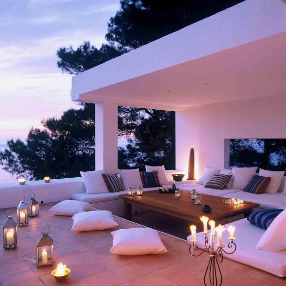 Image of a Candlelit Balcony