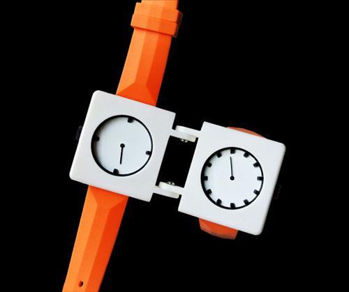 Image of a Split Watch